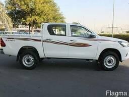 Toyota Hilux DC 2. 7L 4x4 GL, Petrol, Automatic, 2018.